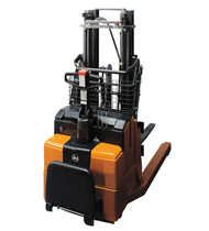 bt staxio p series rwe120 powered stackers product thumb 1