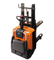 bt staxio p series spe200d powered stackers product thumb 1