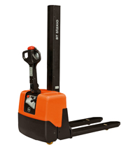 bt staxio w series hwe100 powered stackers product thumb 1